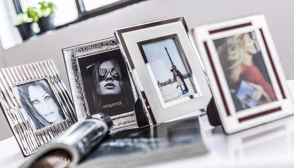 Cornici in argento e non solo acquista online su for Foto cornici online