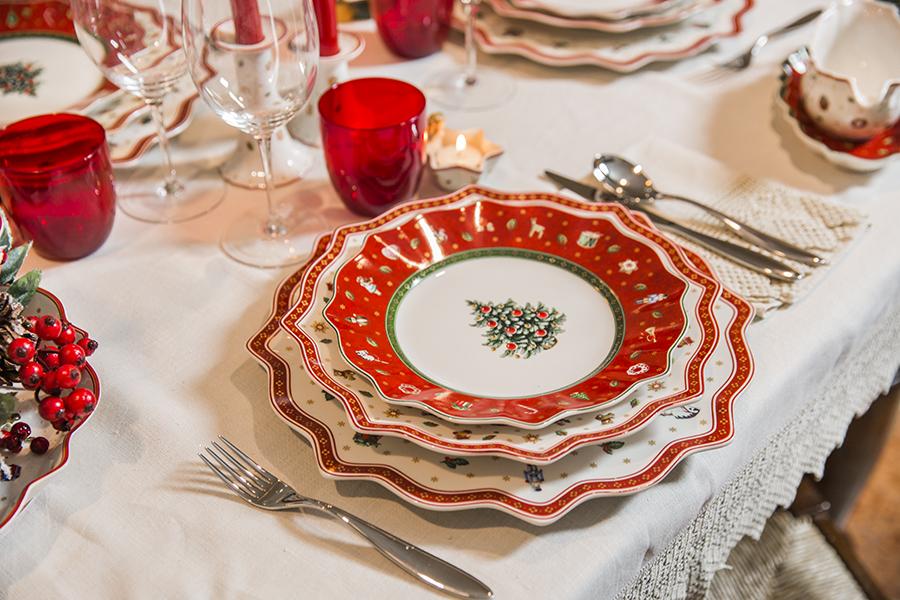 Come apparecchiare la tavola per natale for Tavole di natale