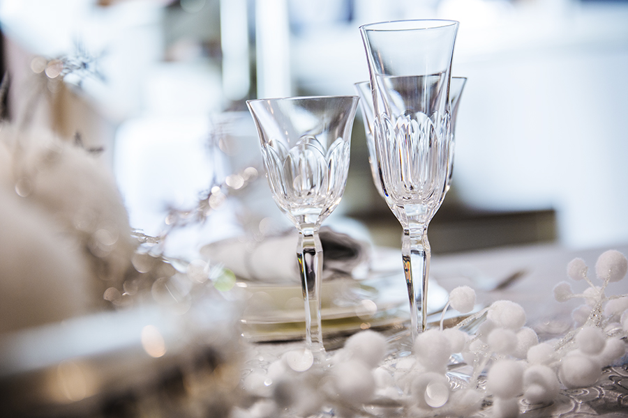 Come apparecchiare la tavola per natale - Disposizione bicchieri in tavola ...
