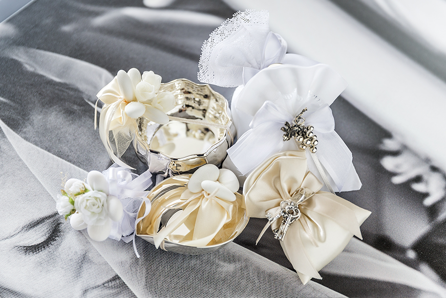 Matrimonio Natale Bomboniere : Bomboniere matrimonio eleganti speciale argento