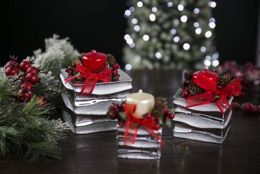 Foto E Auguri Di Buon Natale.Frasi Di Auguri Di Buon Natale E Felice Anno Nuovo