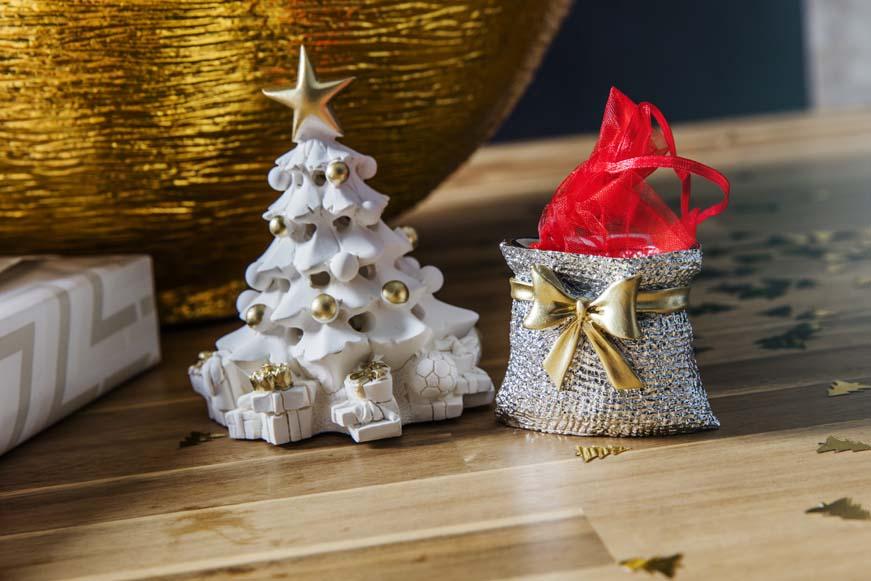 Frasi Di Natale E Anno Nuovo.Frasi Di Auguri Di Buon Natale E Felice Anno Nuovo