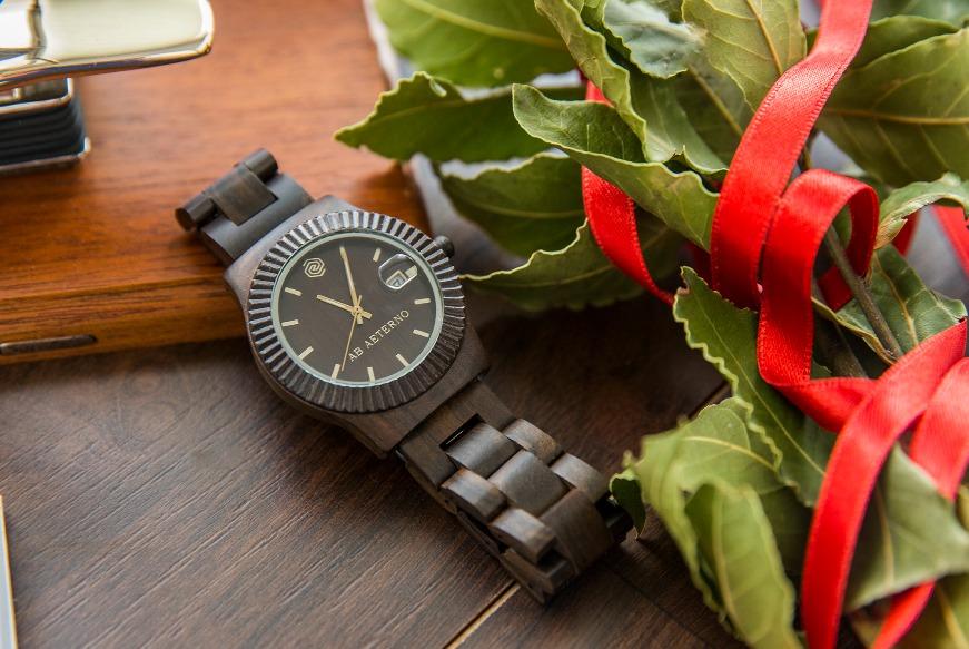 Cosa regalare alla laurea 10 idee regalo classiche for Pensierino natale