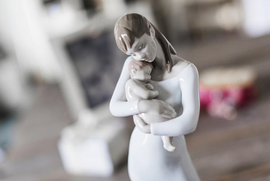 regalo-per-madrina-battesimo-statuina-lladro