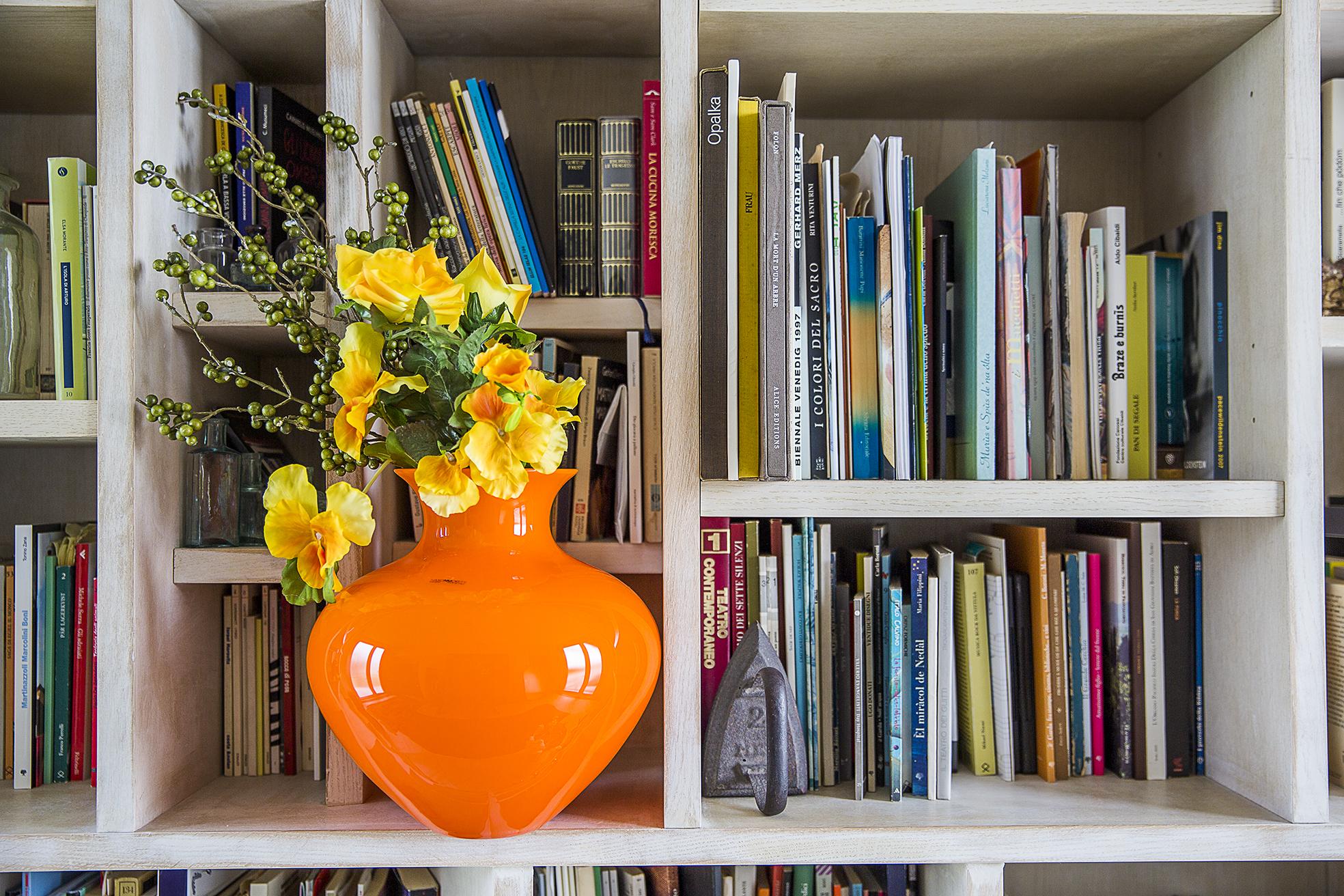 Vasi moderni da interno arredare con i fiori foto per for Vasi da arredamento design